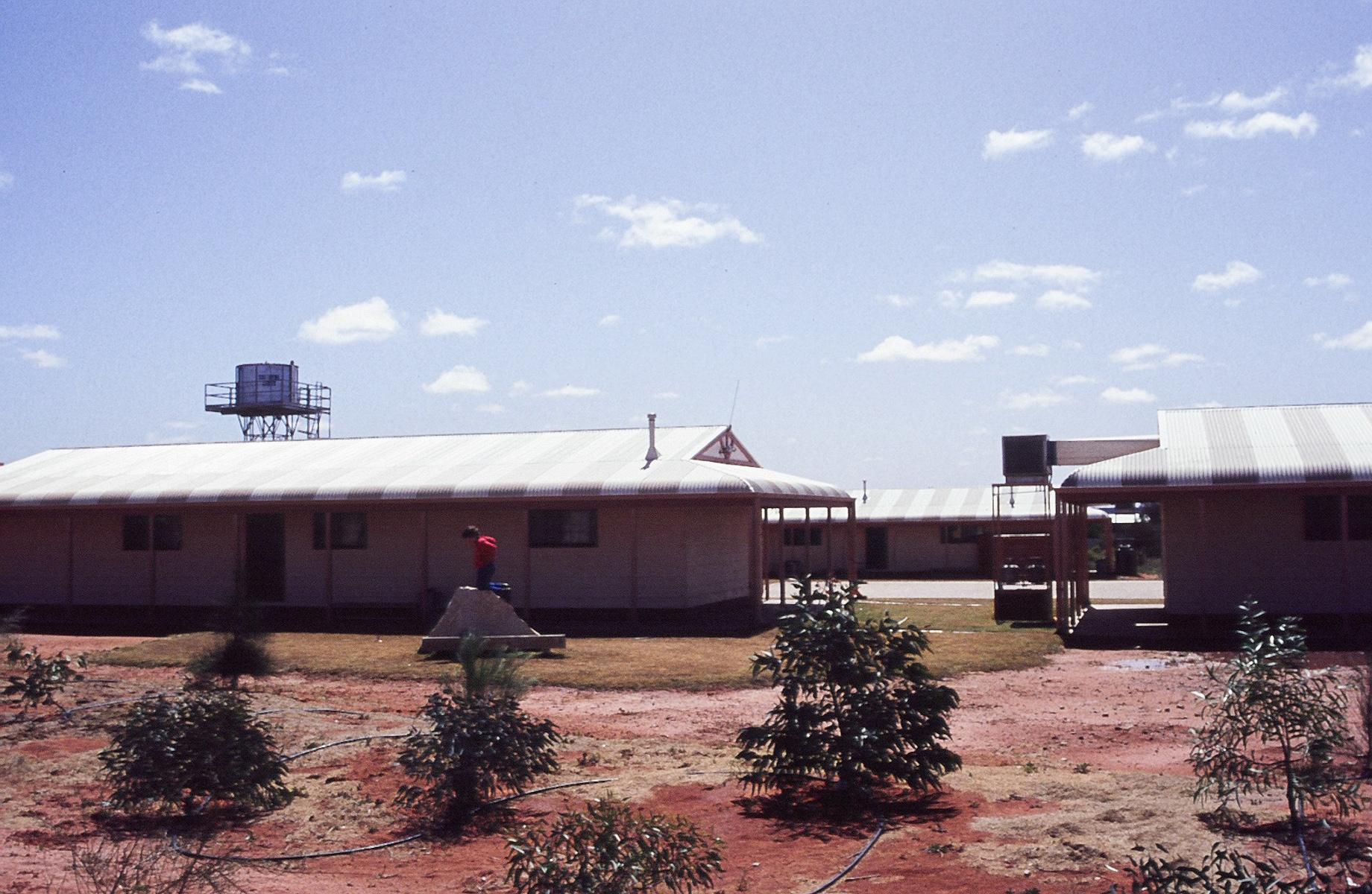 Mintabie school
