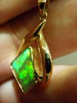 Another view of OPAL SOLID 18 ct gold pendant