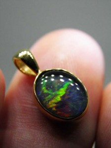 TRIPLET OPAL (10x8mm) Gold plated sterling silver Code 20329235 A$90