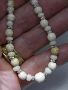 MAMMOTH IVORY & OPAL BEADS Code 20368647 A$300