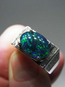 OPAL TRIPLET Man's ring (8 grams) Code 20335298...A$220