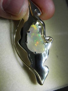 SOLID OPAL (20x10mm) Sterling silver brooch Code 20344863a A$400