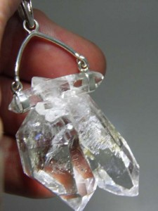 CRYSTAL PENDANT Code 20343811 A$200