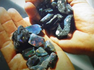 Black opal rough from the Jet Black claim