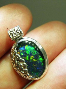 TRIPLET OPAL (16by10mm) Sterling silver Code 20343101 A$180