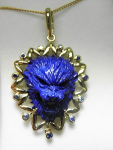 Another view of the same Lapis pendant