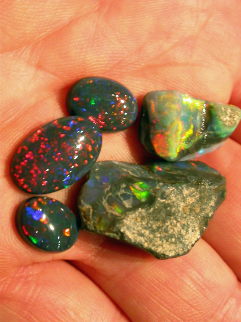 BLACK OPAL rough and cut from our Mintabie mines